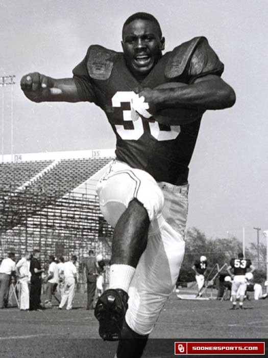 Prentice Gautt in a Sooner football publicity photo