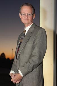 Dr Bob Blackburn