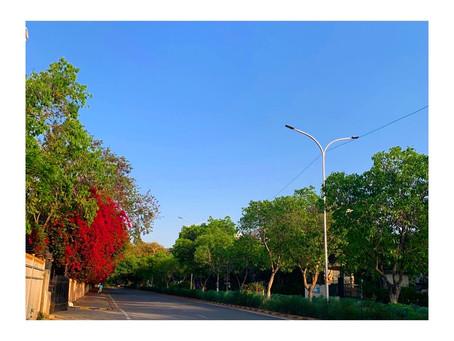 インド グルガオンの空を見て想うこと