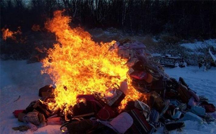 BurningClothes.jpg
