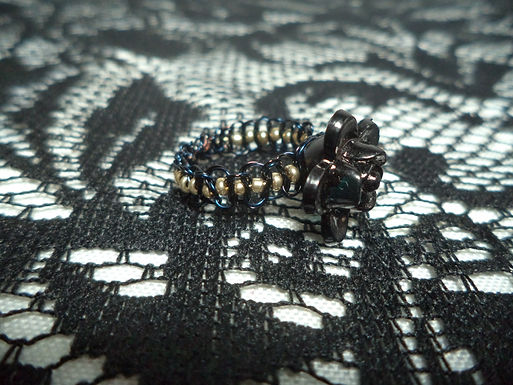 Black Flower Bead Gold Beaded Macrame Wire Ring - Size 9.5