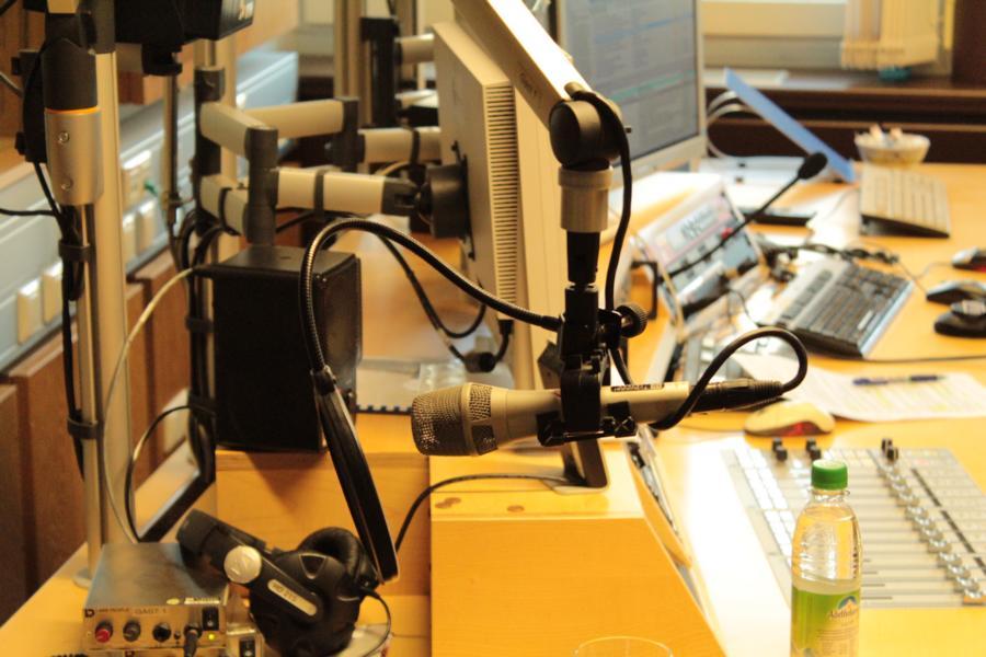 Im Studio vor der Ausstrahlung