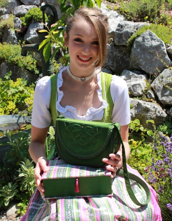 Tasche und Schmuckschatulle
