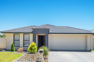 Australia's TOP FIVE investment locations revealed {and we're in it!}