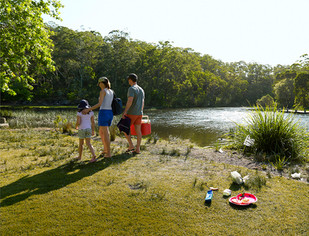 Don't be a tosser — help keep Port Stephens clean