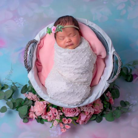 Pourquoi les séances naissances se réalisent dans les 10 premiers jours de vie de bébé ?