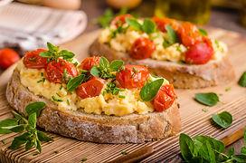 Bread scrambledd eggs, delish breakfast