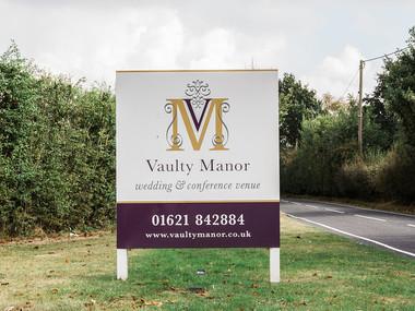 Stunning Vaulty Manor!