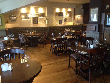 Buyers Guide to Pub Furniture