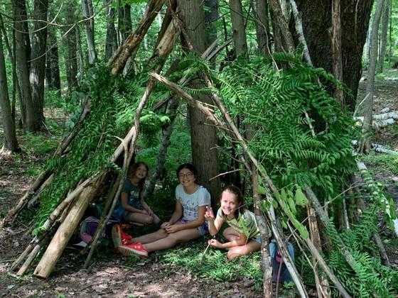 More camp life!  Plus de photos de la vie au camp!