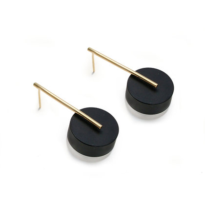 Kasia Small Earrings Gold, Black & Frost
