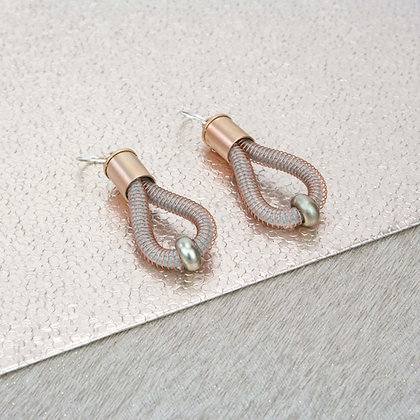 Polly Earrings Blush w Silver bead