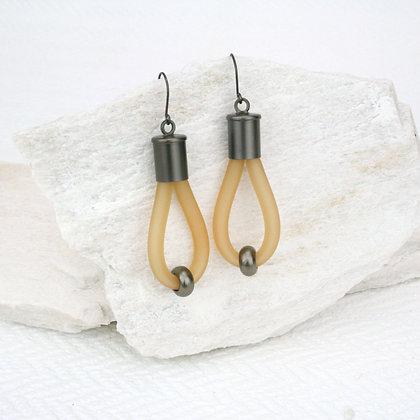 Lucy Earrings Caramel & Gunmetal