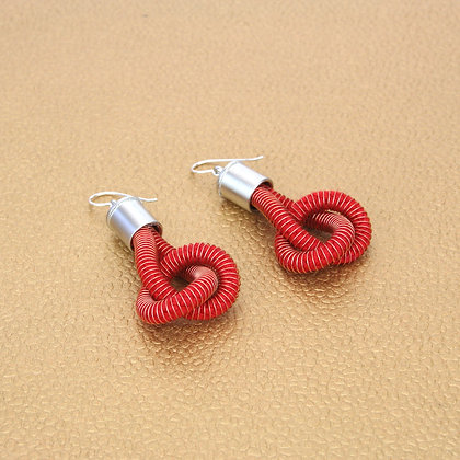 Anna Earrings Red w Silver caps