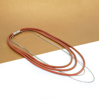 Bailey Necklace Red