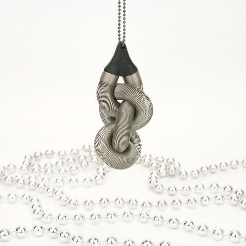 Knot Ornament Silver