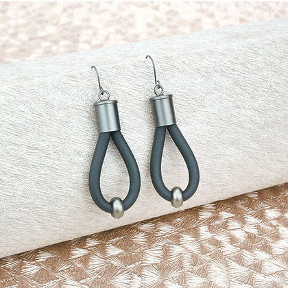 Lucy Earrings Coal & Gunmetal