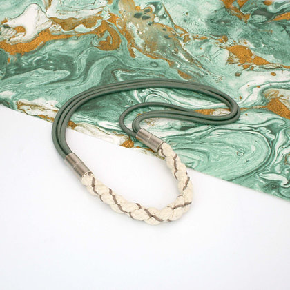 Aga Necklace Green