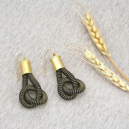 Anna Earrings Black Gold