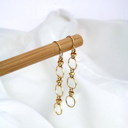 Myla Earrings Gold