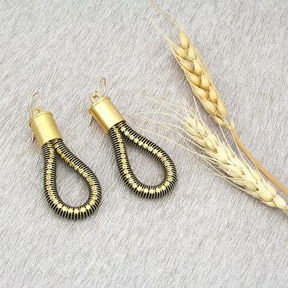 Loop Earrings Black Gold