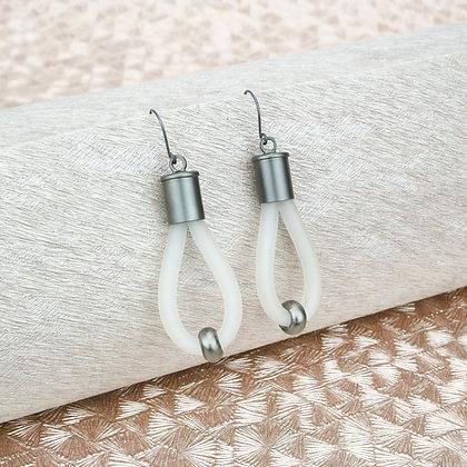 Lucy Earrings White & Gunmetal