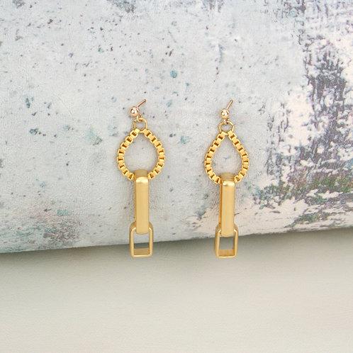Fox Earrings Gold