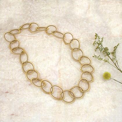 Loop Necklace Golden
