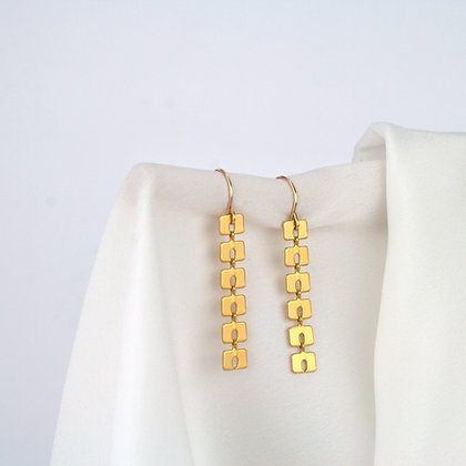Mabel Earrings Gold