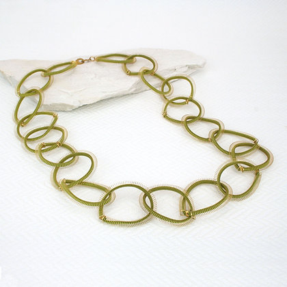 Loop Necklace Gold & Green