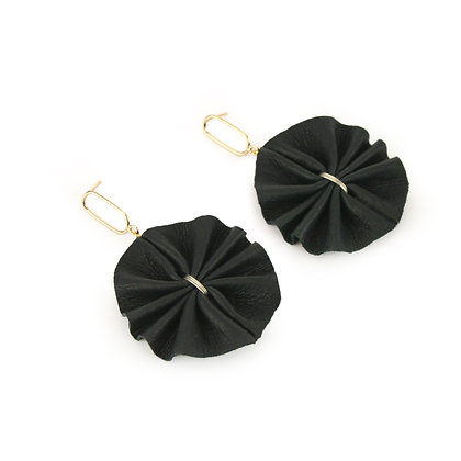 Valerie Earrings Black