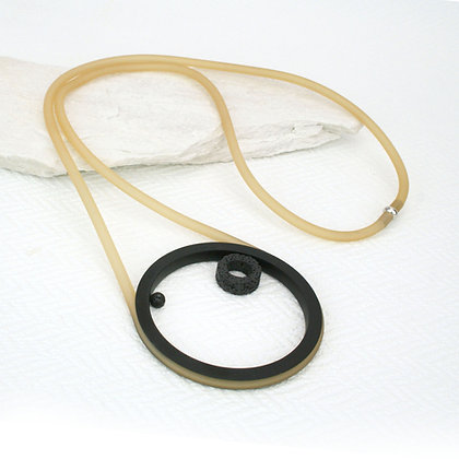 Noa Necklace Caramel & Black