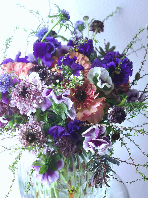 お花いっぱい感動ブーケ
