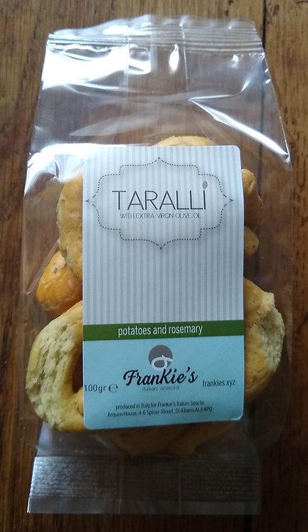 Puglian taralli with potatoes and rosemary