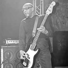 Myke Rock, Electric Bass Guitar