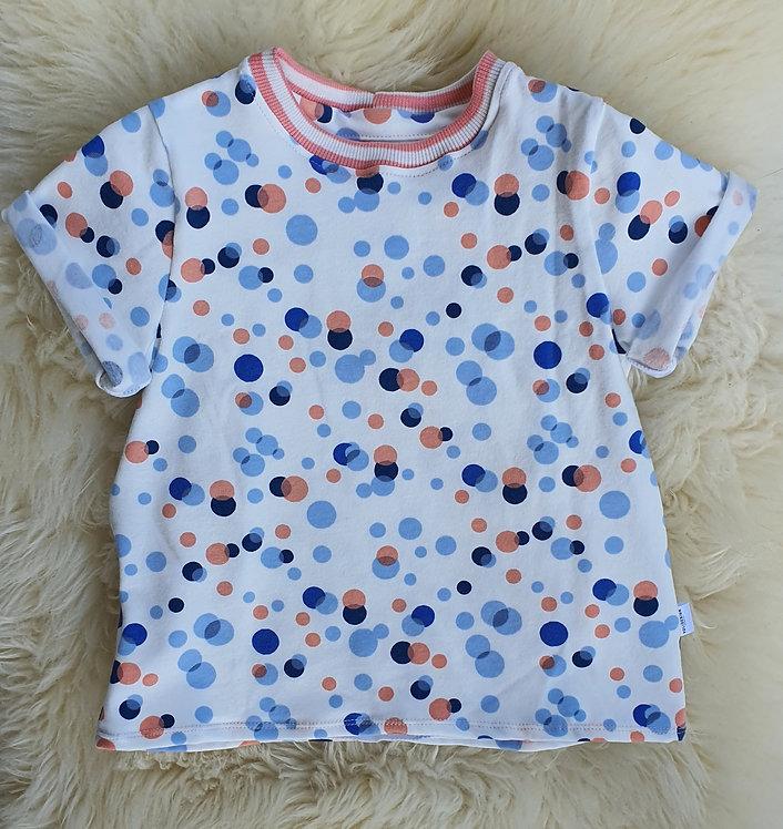 T-Shirt mit Punkten in rosa und blau