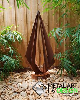 pendulum-corten-sculpture-metal-art-gard