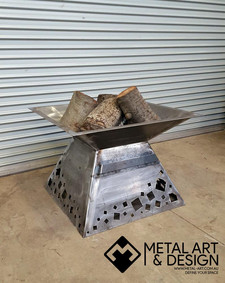 Modern fire pit - squares design