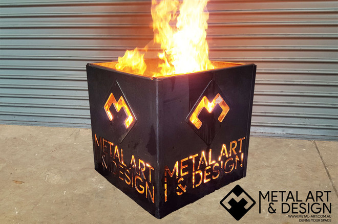 Flat pack fire pit