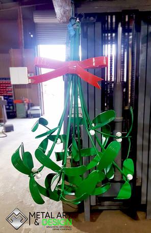 mistletoe-aluminium-fabricated-metal-art
