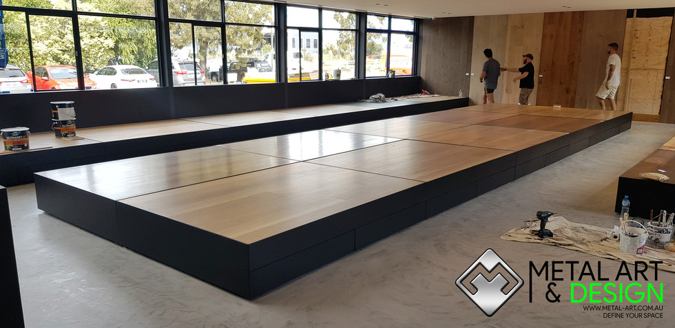 bowens-showroom-display-boxes-steelwork-