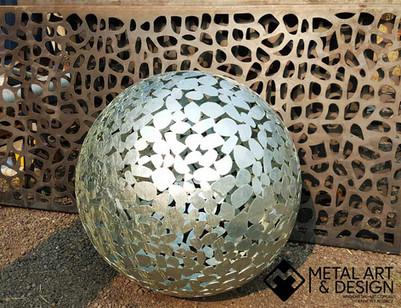 Pebbles sphere - Galvinised
