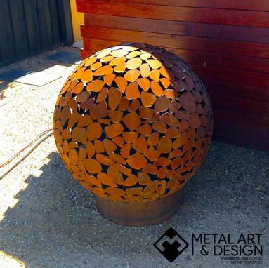 Pebbles sphere