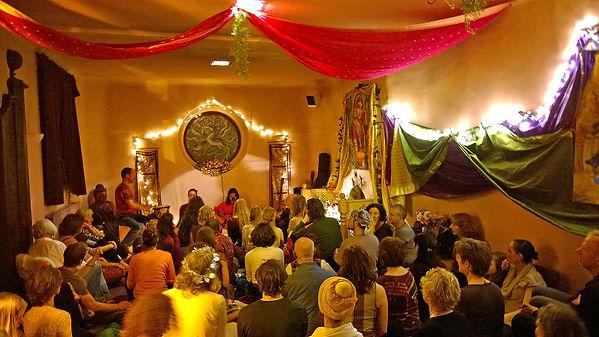 Illumina mantra chanting concert live at shekinashram shekina yoga retreat