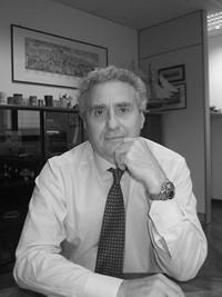 FRANCESCO FLORO FLORES ALLA GUIDA DEL NUOVO CONSORZIO NAPOLI FIERE