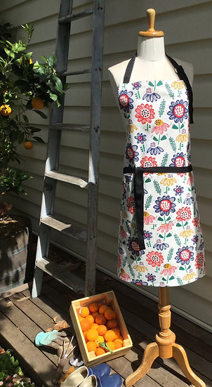 Summer house Apron