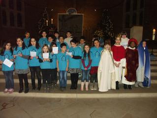 SchülerInnen spielen Weihnachtsgeschichte