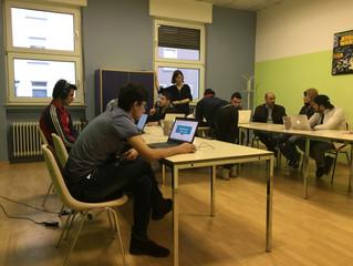 Computerkurse für junge Leute im Downtown Café