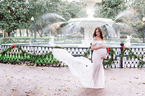 Savannah Maternity Photographer