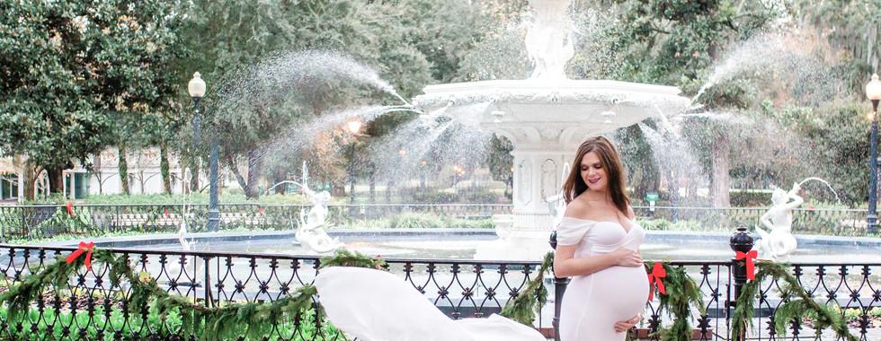 Savannah Maternity Photographer